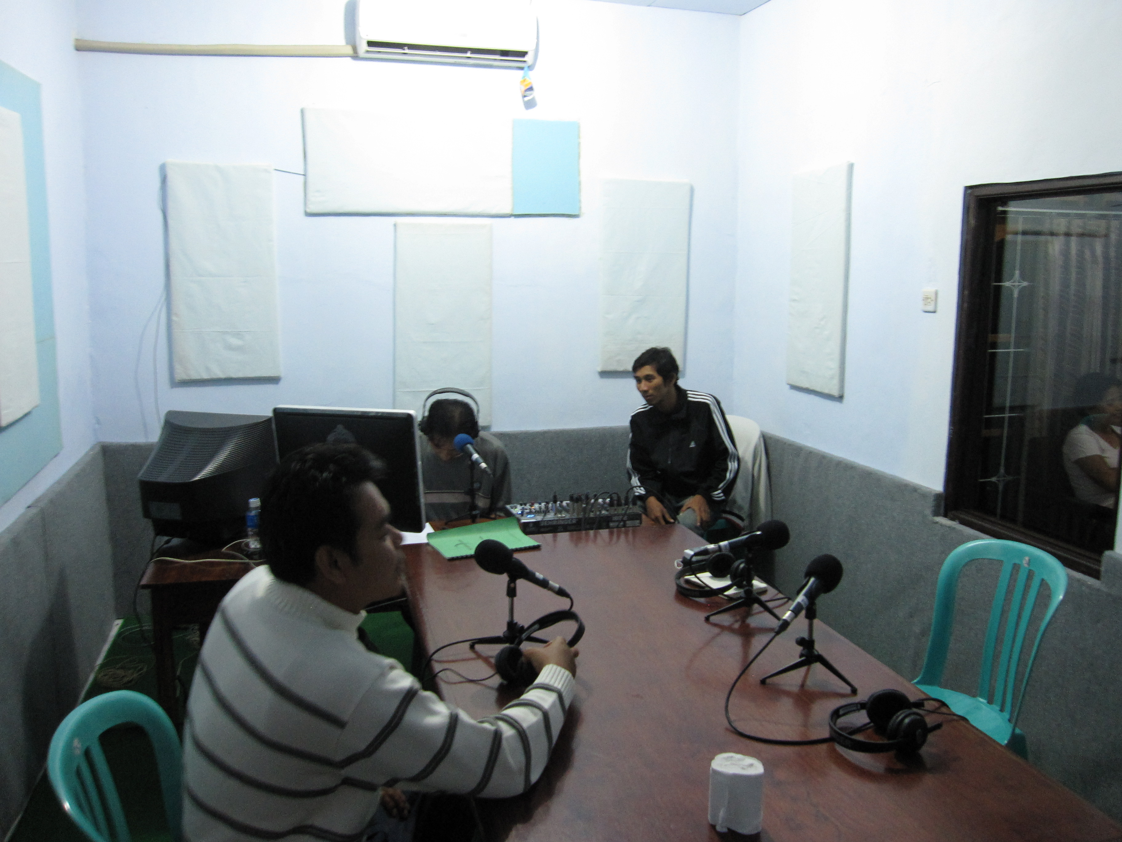 Widya, Nata, and Pak Gede at Radio DINARI