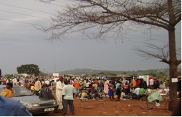 Figure 1: A typical wednesday market in Njeru County in Jinja.